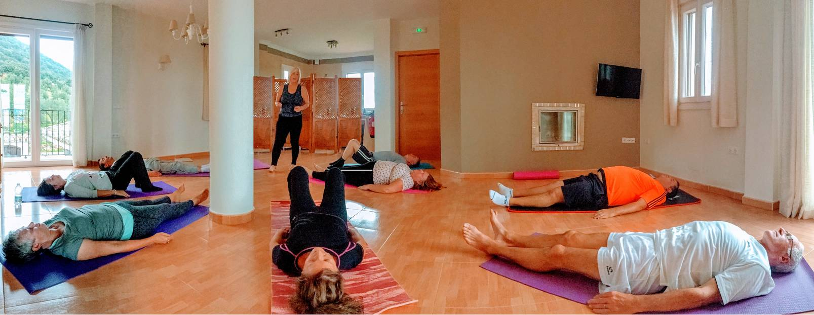 rsz_yoga_room_panoramic_view